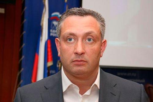 этнический русский Владимир Петрович Шапошников