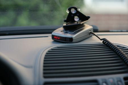 Выбираем радар-детектор: стоит ли переплачивать?