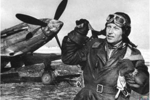 """""""Огненный рейс"""": последний подвиг летчика Мамкина, которого так и не оценили на Родине"""